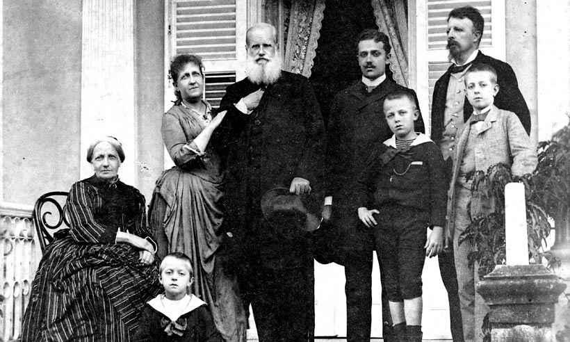 Biógrafo De Dom Pedro II Relata As Dores E Os Amores Do